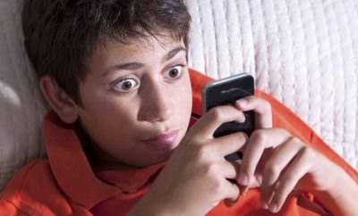Top Reasons kids shouldn't have smartphones